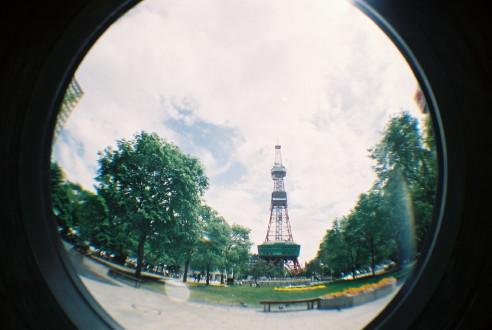 テレビ塔を眺めて。
